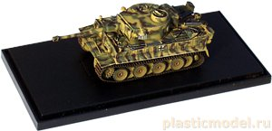 Dragon 60108 1:72, Tiger I early production w/Zimmerit (Germany 1945)