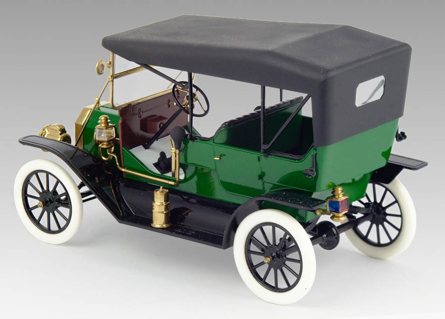 ICM 24002 Model T 1911 Touring american passenger car (Модель Т Туринг 1911 г. американский пассажирский автомобиль)