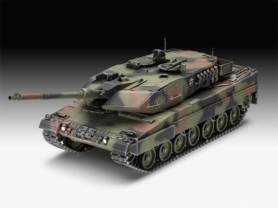 Revell 03281 Leopard 2 A6/A6NL («Леопард 2» модификации A6/A6NL немецкий танк)